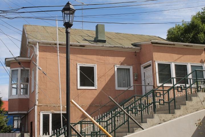 Casa de Coloane, Fagnano con Av. España. Fotgrafía: www.luchogarciaoteiza.wordpress.com